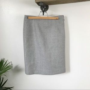 J. CREW Size 2 gray wool Perfect Pencil Skirt!